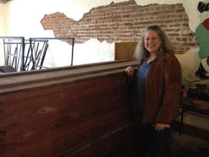 Susan Wilson Hoggard with the coffin crate